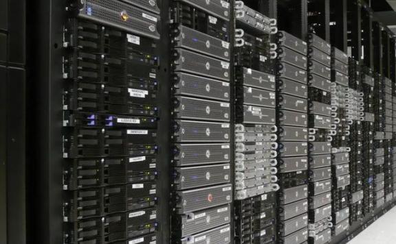 美国网站服务器租用该怎么选?